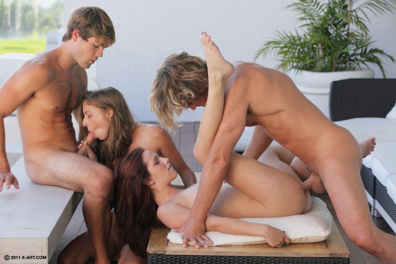 Смотреть бесплатно русскую молодёжную эротику 5 фотография