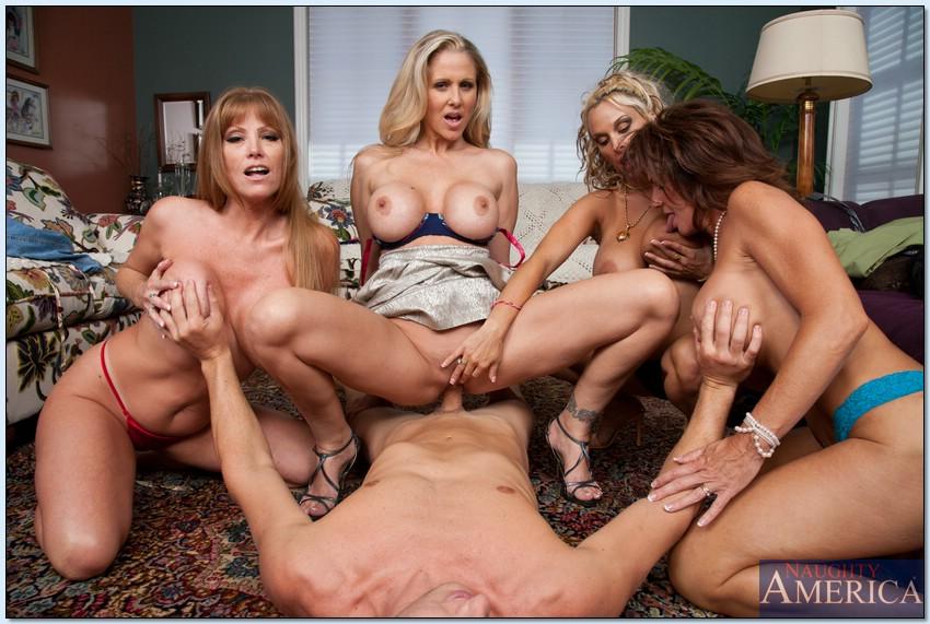 порно большие сиськи групповуха молодые