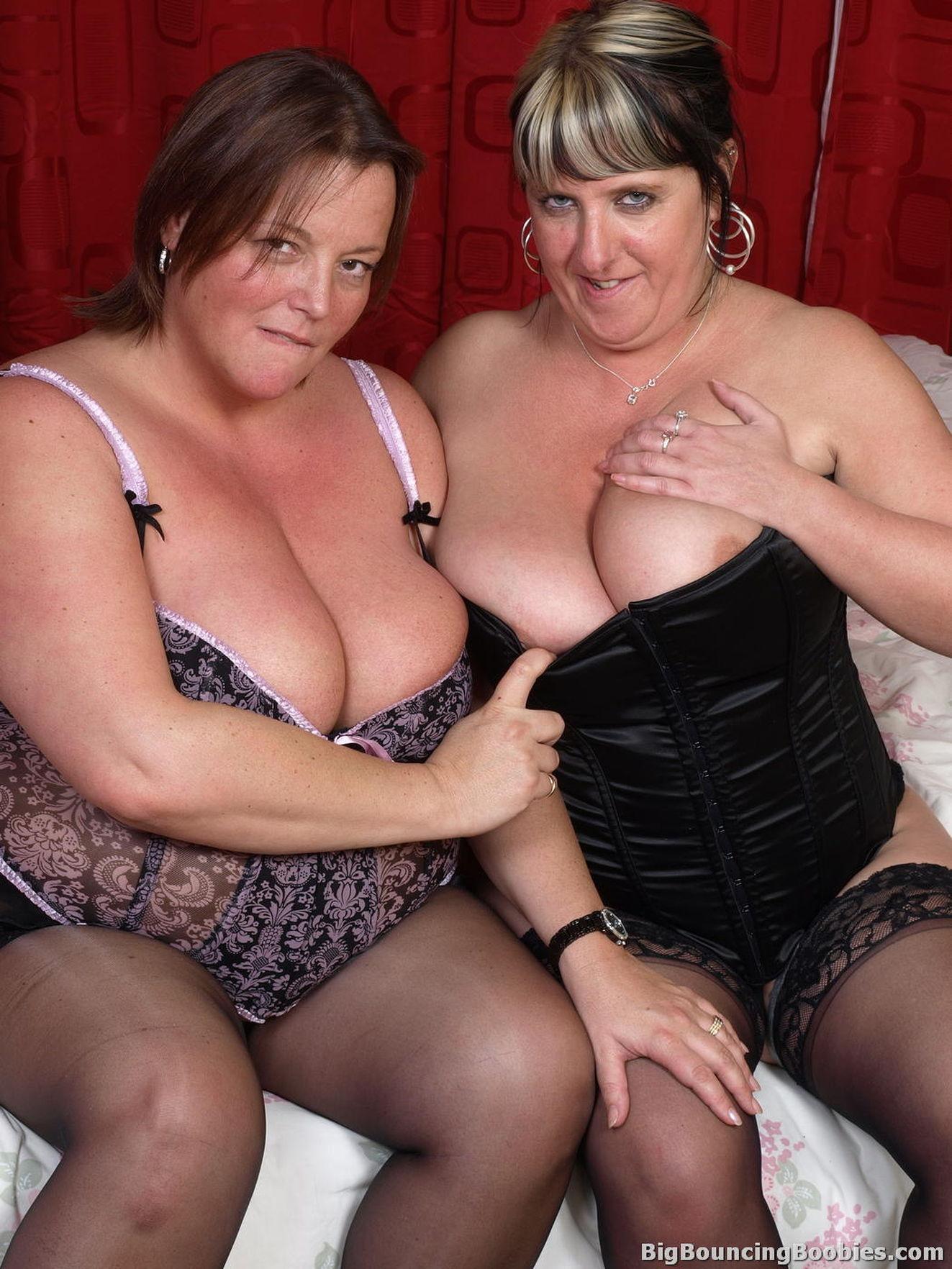 Черные лесбиянки в hd 24 фотография