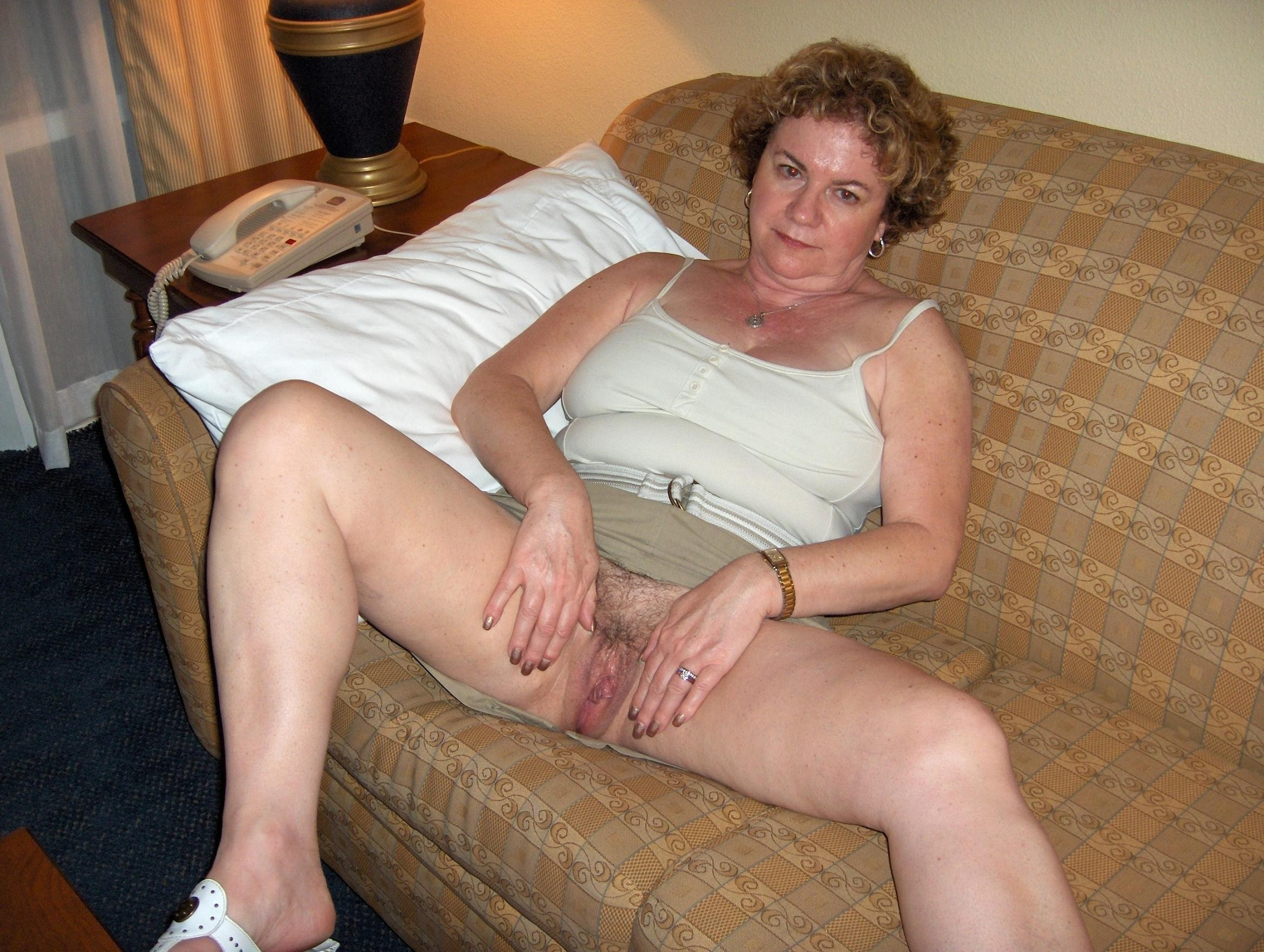 Naked amateur mature pretty — 14
