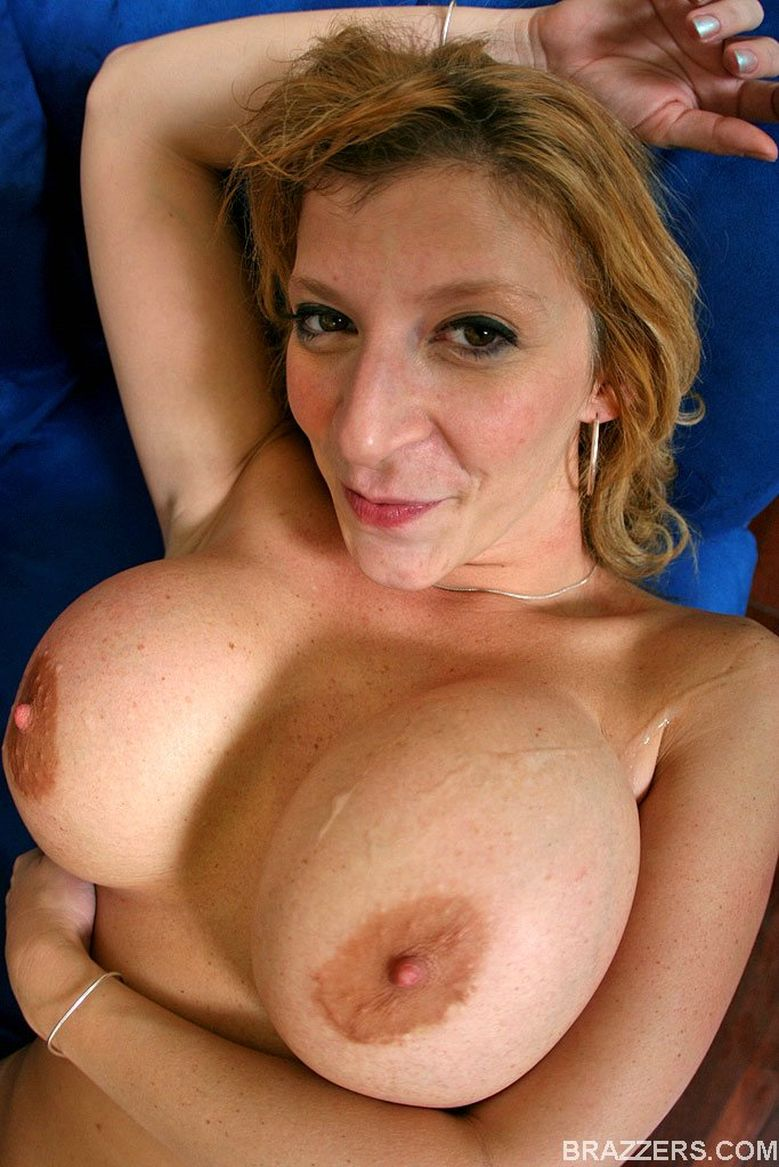 Mature moms having big fun with lucky boy 10