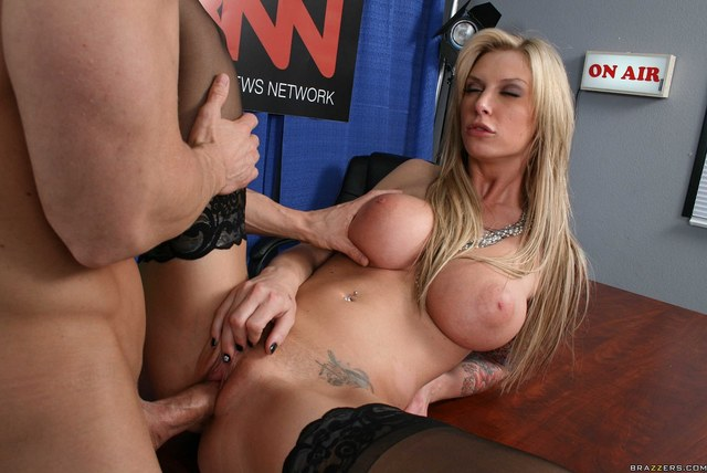 busty milfs hardcore pics busty tits pictures milf work office
