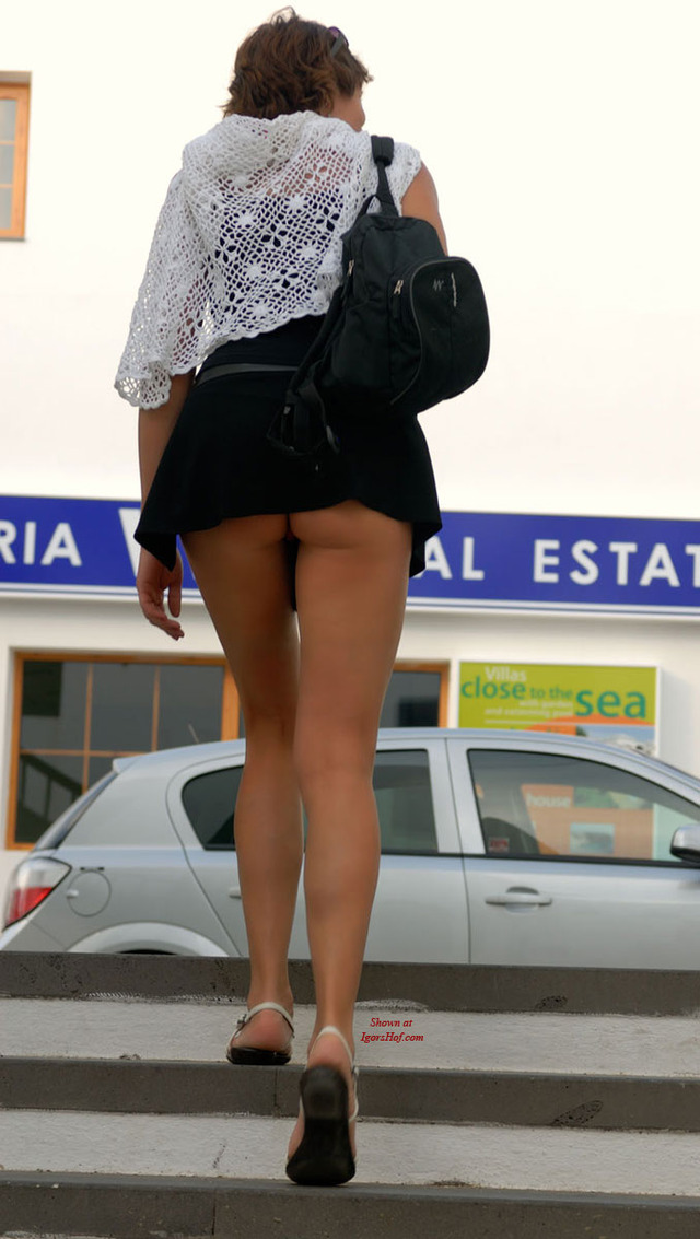dress upskirt pics pics gallery voyeur upskirt