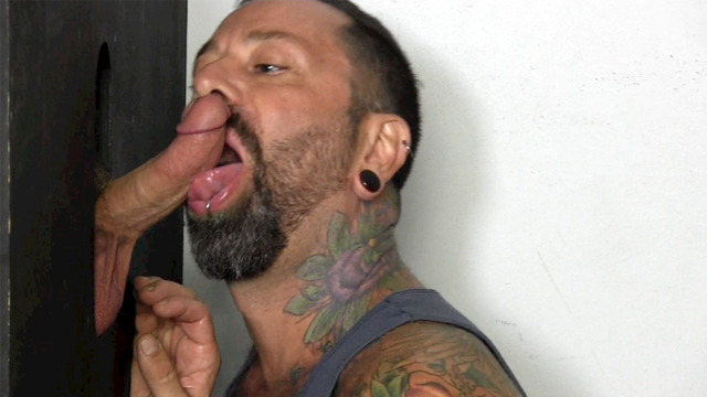 glory hole porn images porn amateur guy blowjob gets gay gloryhole straight army through fraternity teddy reservist