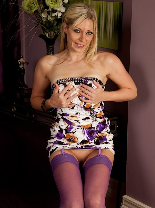 hardcore cougar pics horny stockings blond nylon cougar purple