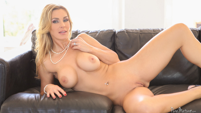 hardcore milfs galleries hardcore blonde mature large nails shaved tits fake milf puremature red tanya tate nkpq