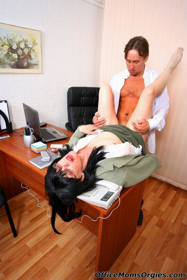 hardcore moms fuck hardcore fuck mom mature office