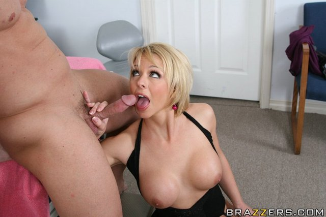 brianna beach hardcore hardcore fuck pics pictures beach milf doctor brianna finds looks
