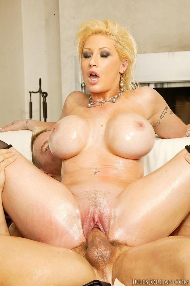candy manson hardcore enjoys cock cum gallery after candy manson ride