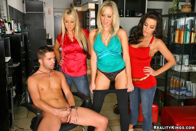 carolyn reese hardcore hardcore blowjob large victoria group facial secret realitykings valentino cfnm reese carolyn vhuwa hairdresser