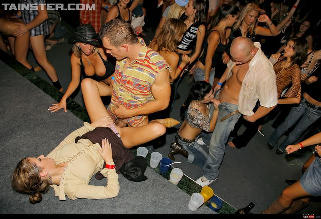 hardcore party hardcore gallery blowjob boots shaved party wmimg erotic show tainster drunksexorgy