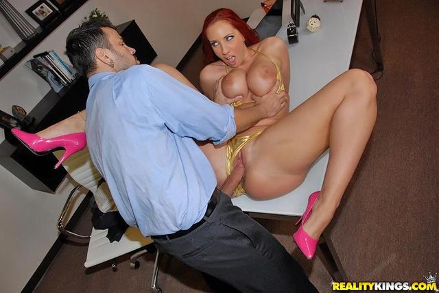 kelly divine hardcore hardcore ass cock butt curvy large kelly divine realitykings boner pumps newtgp
