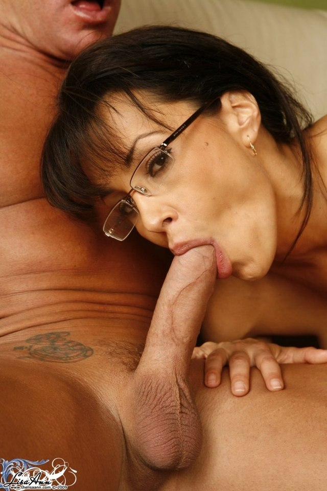 Mature amateur milf blowjob with glasses