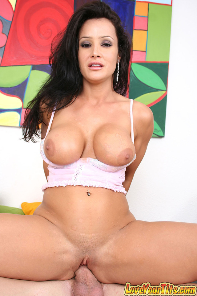 lisa ann hardcore hardcore spreads dick lisa ann humongous