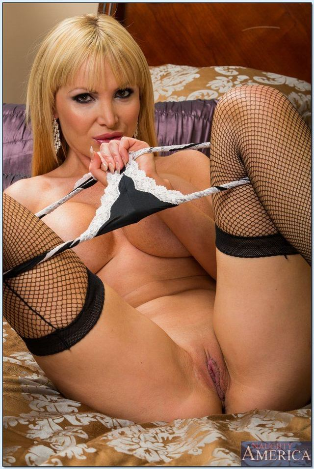 nikki benz hardcore hardcore porn oral pics black tgp gets tits benz stockings shows nikki naughtyamerica nailed hosted