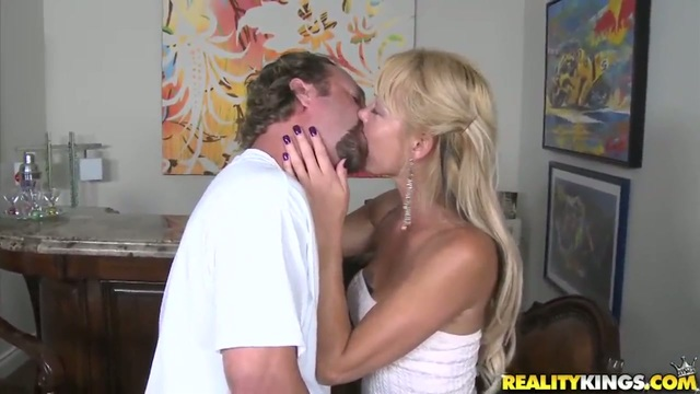 kinnley kessler hardcore videos horny pussy blonde preview spreads screenshots legs contents lets exposed stud ravage
