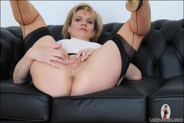 lady sonia hardcore cunt spreads tits lady milf stockings sonia guests ffs