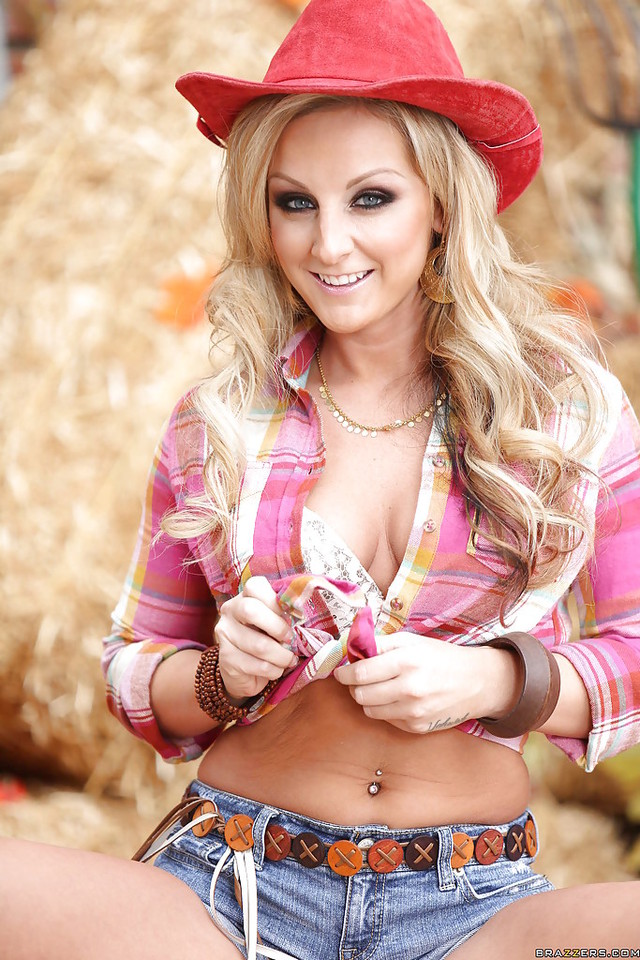 melissa matthews hardcore pics stripping busty outdoor pictures cowgirl teenage down melissa matthews
