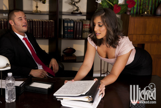 mischa brooks hardcore hardcore pics brunette pounded gets pictures hottie brooks mischa office