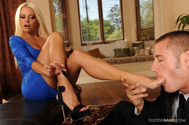 nikita von james hardcore hardcore babe pics fetish scene titted james super nikita foot von system