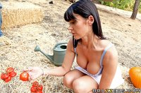 Biggest Boobs Hardcore scj galleries gallery eva karera had garden ruined last time after stepping tomatoes keiran decides