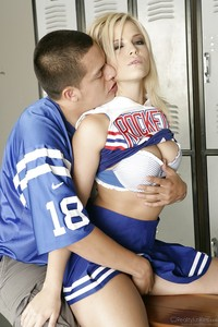 Cheerleader Sex Pix pics pictures cheerleader