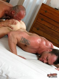 Hard Porn Pictures daddy raunch coach austin drew sumrok fucking muscle jock amateur gay porn category older younger