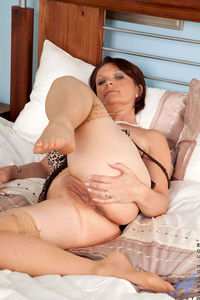 Lesbian Hardcore Sex ccc ded starved cougar india summer