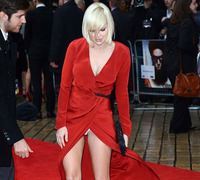 Public Upskirt Photo anna faris hot upskirt public category celebrity page
