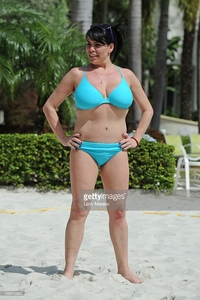 Wifes Hot Pictures photos renee graziano mob wifes poses poolside seminole hard rock picture detail news photo son pose
