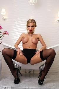 Nicole Aniston Hot Hardcore penthouse hot blonde nicole aniston bathtub