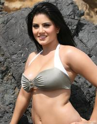 Sunny Leone  Hardcore sunny leone sunnyleone hardcore amateurindex galleries