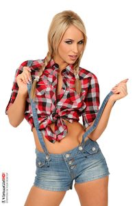 Aleksa Diamond Hardcore aleskadiamond farmlife aleska diamond cowgirl stripping