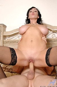 Alia Janine Hardcore cdcd tits brunette hardcore blowjob titjob alia janine close mature milf jet set mommy fucked like slut