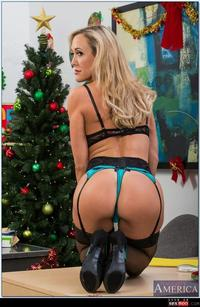 Brandi Love Hardcore wmimg blonde brandi love christmas hardcore mature milf naughty america office secretary thesexbomb