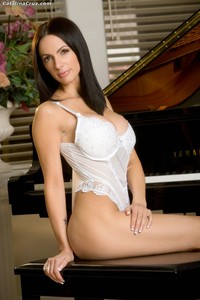 Catalina Cruz Hardcore catalinacruz catalina cruz posing naked piano