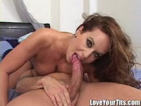 Felicia Fox Hardcore slut loves sperm
