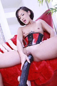 Jandi Lin Hardcore jandi lin toying pictures crams thick dick deep sweet slit