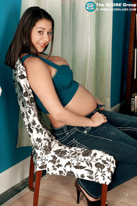Jen Capone Hardcore pics pictures pregnant girlie jen capone goes naked spreading shaved cunt