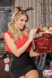 Jessica Drake Hardcore hosted tgp jessica drake pics gets nailed desk holiday party gal