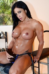 Jewels Jade Hardcore pics galleries busty bodybuilder jewels jade pegs man hardcore femdom strapon action