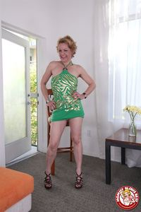 Kelly Leigh Hardcore hosted tgp kelly leigh pics gives hot pov blowjob green dress gal