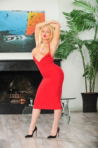 Nikki Delano Hardcore media galleries nikki delano gazongas devils film