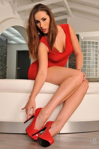 Paige Turnah Hardcore large gdof hstqau brunette hardcore heels paige turnah red dress nails shoes sandyfantasy