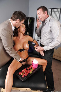 Veronica Avluv Hardcore pics hot milf veronica avluv gets nailed hardcore huge cocks